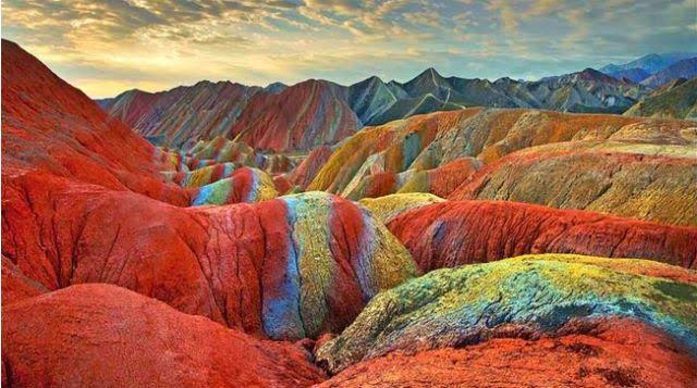 Las montañas Arcoiris en el parque geológico Zhangye Danxia en China son muy, muy reales - POP-PICTURE: Tu Mundo En Imágenes
