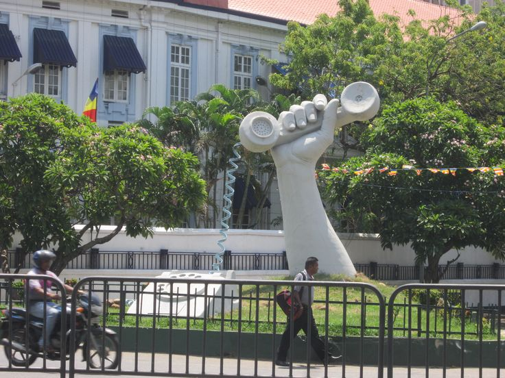 Cool statue in Colombo, Sri Lanka...