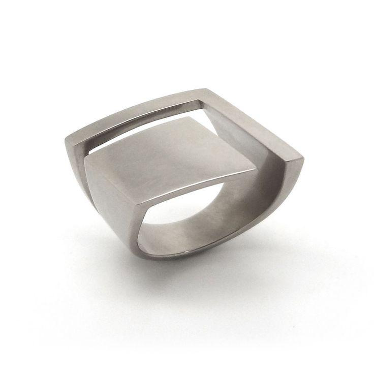 www.ORRO.co.uk - Angela Hubel - Grey Gold Caro Ring - ORRO Contemporary Jewellery Glasgow