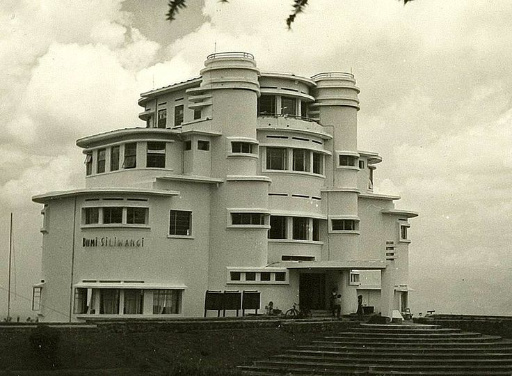 Villa Isola Bandoeng (1932), Wolff Schoemaker