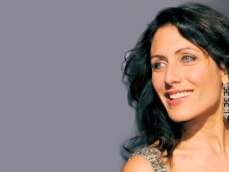 House MD Lisa Cuddy smiling | Free Wallpapers