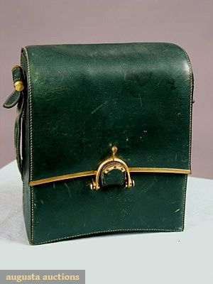 Augusta Auctions, May 2007 Vintage Clothing & Textile Auction, Lot 850: Green Leather Hermes Purse, C. 1940