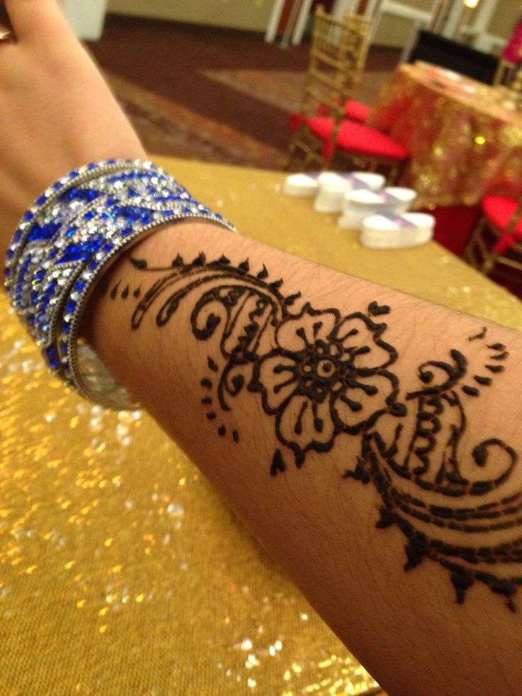Mehndi Henna Tattoo artist Nikki K Nag in south Florida