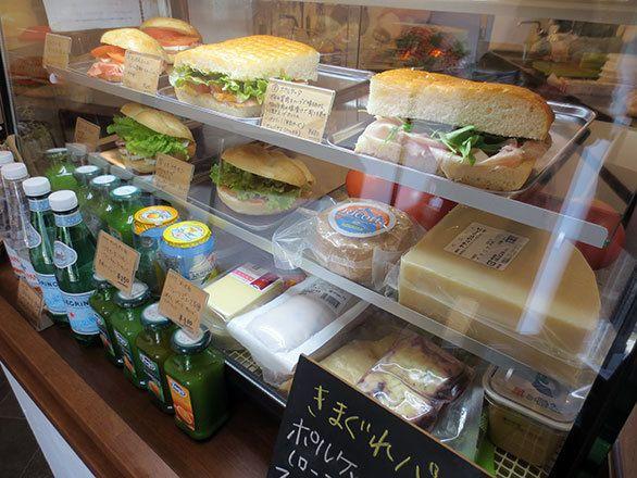 こだわりの素材でイタリアの味を再現! 神戸・元町に誕生したパニーノ専門店|そおだよおこの関西おいしい、おやつ紀行|CREA WEB(クレア ウェブ)