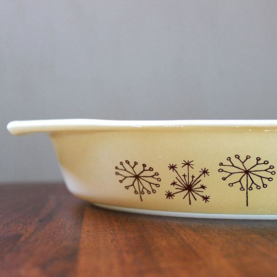 Hey, I found this really awesome Etsy listing at https://www.etsy.com/listing/36475100/dandelion-pyrex-rare-promotional-divided