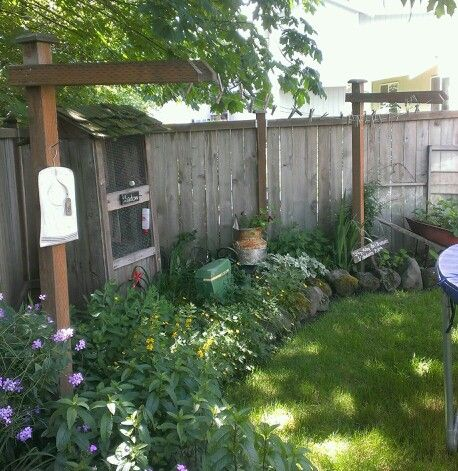clothes line for a small backyard i like this pinterest gardens
