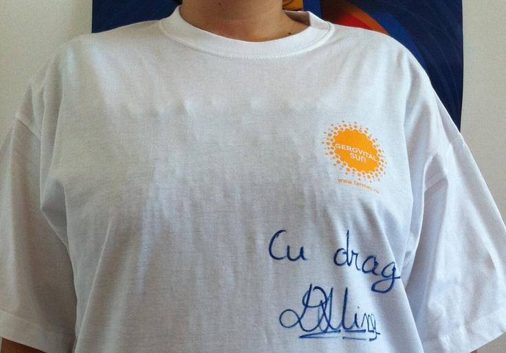 Tricou Gerovital Sun, semnat de Alina Dumitru
