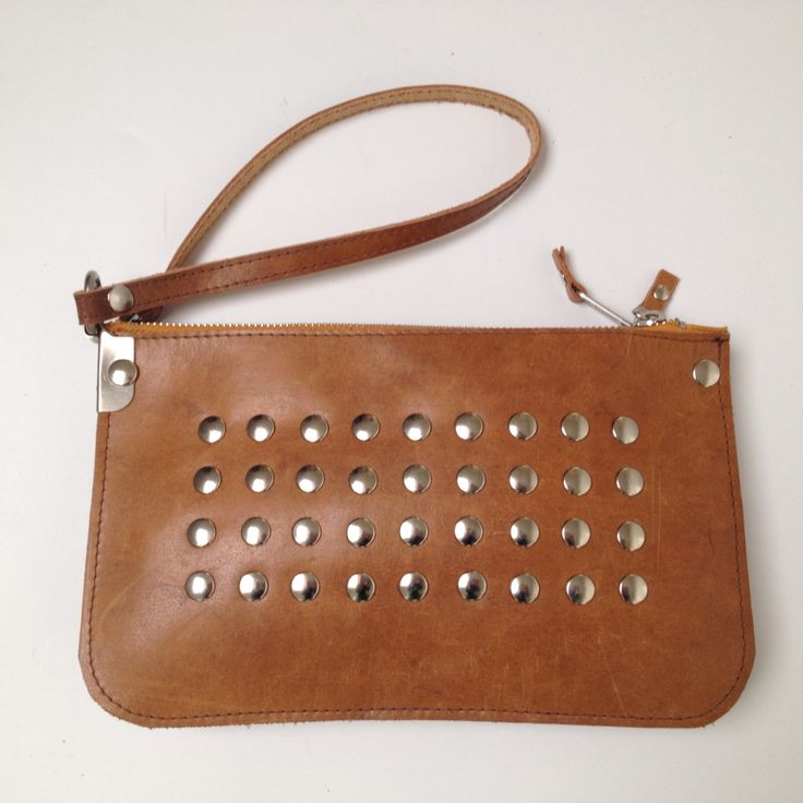 Small 'double-bag' made of used gymmaterial and studs.