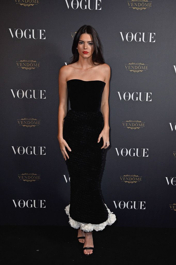 Kendall Jenner Photos - Vogue 95th Anniversary Party Arrivals - Paris Fashion Week Womenswear Spring/Summer 2016 - Zimbio