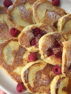 Fluffige Joghurt-Apfel-Pfannkuchen
