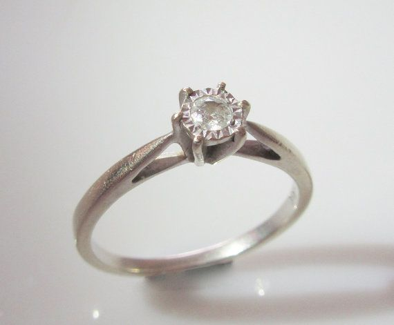 9ct White Gold Diamond Solitaire Ring Size by Britishgoldandsilver