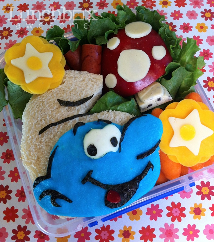 super cute lunch box ideas have a smurf tastic lunch heather sitarzewski lunchboxawesome. Black Bedroom Furniture Sets. Home Design Ideas