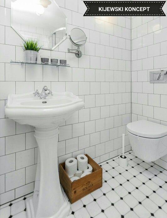 Poddasze zabytkowej kamienicy #attic #poddasze #marble #white #bathroom #marmur