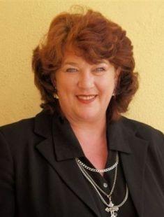 Antoinette Taalman  http://images.sothebysrealty.co.za/b7-6633-1.jpg