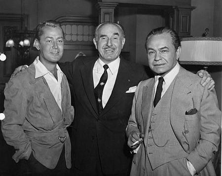 HELL IN FRISCO BAY (1955) - Alan Ladd - studio head Jack Warner - Edward G. Robinson - Warner Bros. - Publicity Still.