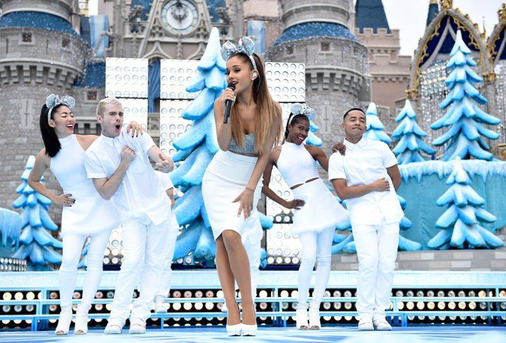 Pin for Later: Ariana Grande Gave Up Her Cat Ears For Mickey Ariana Grande Took the Stage at Disney's Frozen Celebration