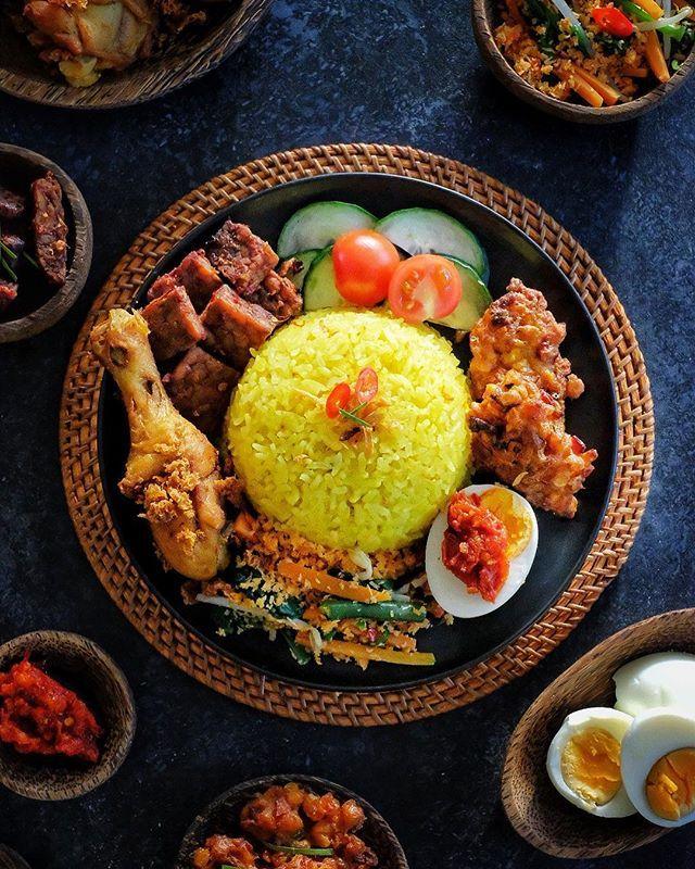 Nasi Kuning Komplit Indonesian Yellow Rice Set Aromatic Scent