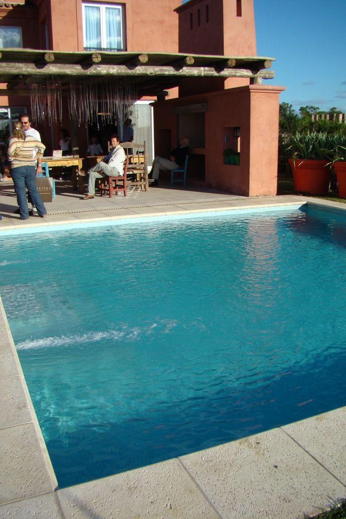 foto pileta cuadrada campo pinterest piscinas