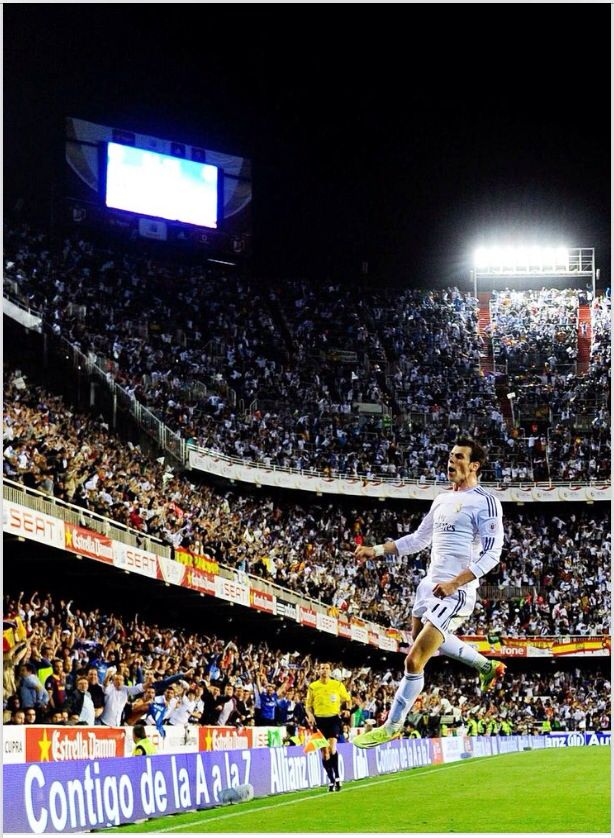 Bale celebrates his winning goal in the Copa Del Rey final against Barcelona 2014