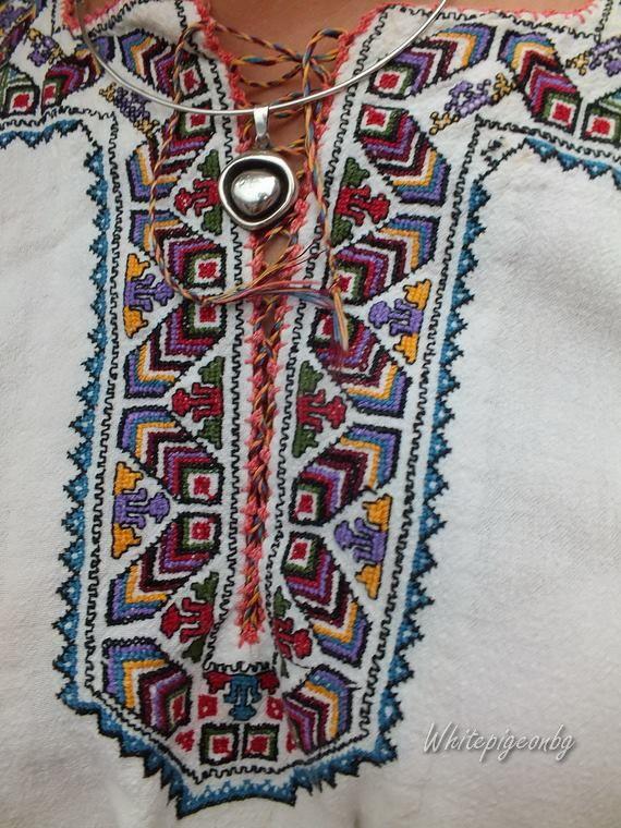 Шевиците на пазва на риза от гр.Белослав, обл.Варна  Varna region