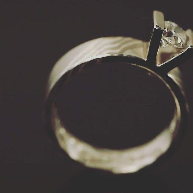 #engagement #engagementring #mokumegane #diamond #love #inspiration #design #blingbling  #bridetobe #inneobraczki #pierscionek #zareczyny #andrzejbielak