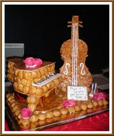 Les 25 meilleures id es concernant g teaux d 39 anniversaire - Fabriquer un instrument de musique original ...