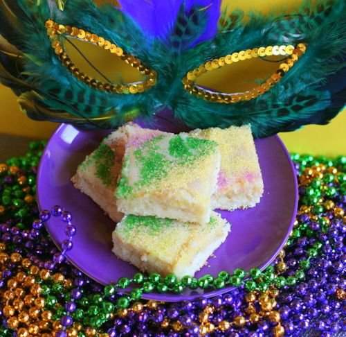 King Cake Bars recipe - (does everyone get a plastic baby?  There are going to be a LOT of King Cakes [bars] next year!  YUM!  - / B.)