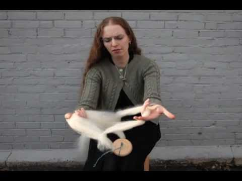 How to Spin on a Drop Spindle - Great Tutorial showing really good finger placement.
