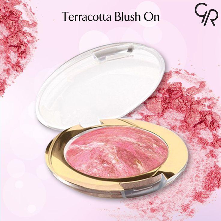Terracotta Blush-On gün boyu kalıcı, ışıltılı ya da sedefli renk seçenekleri ile makyajını tamamlayan mükemmel bir ürün. http://www.goldenrosestore.com.tr/terracotta-blush-on.html