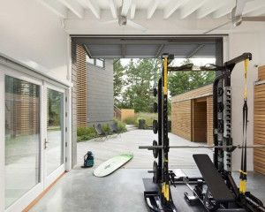 Garage gym and near the beach? jealous