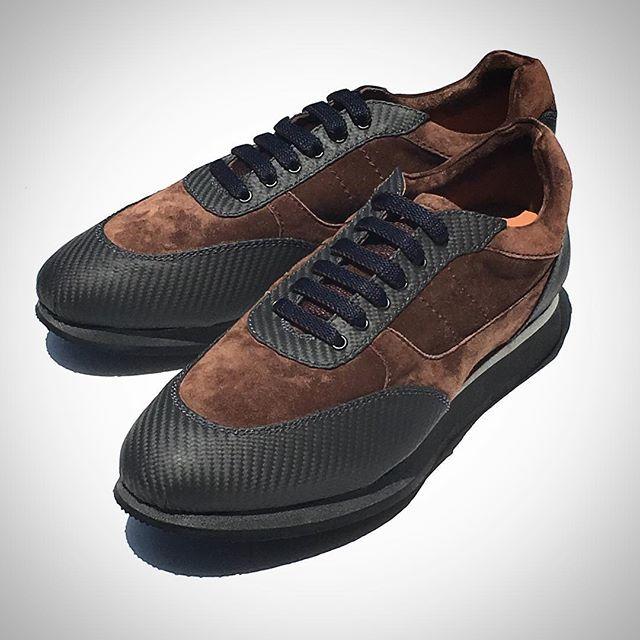 日子オリジナル カーボンファイバー + スエード スニーカー #mensfashion #fashion #madeinitaly #carbonfibre #carbonfiber #shoes #HIKO #日子 #ファッション #メンズファッション #イタリア#イタリア #イタリア製 #カーボンファイバー #靴 #スニーカー  about this shoes / http://hiko.japan-onlinestores.com/category/select/pid/9228