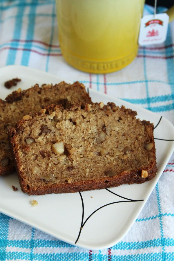 Applesauce Bread is moist and slightly sweet with a walnut and brown sugar topping to put it over the edge. This is the perfect afternoon snack or early morning treat.