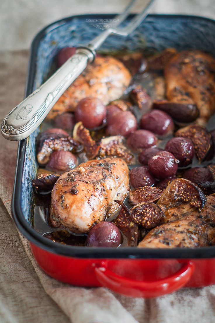 Fig and grapes roasted chicken