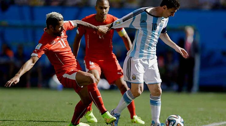 Las fotos del partido en HD:  Mirás las mejores postales del encuentro de la Selección Argentina ante Suiza http://mundial.popular.tv/noticias/632-