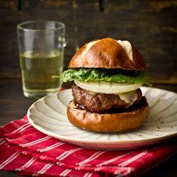 Bun burger commercial king spank