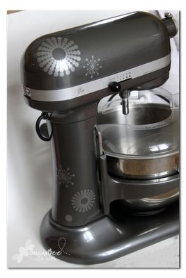 decorated mixer - oh how I love my kitchen aid!!