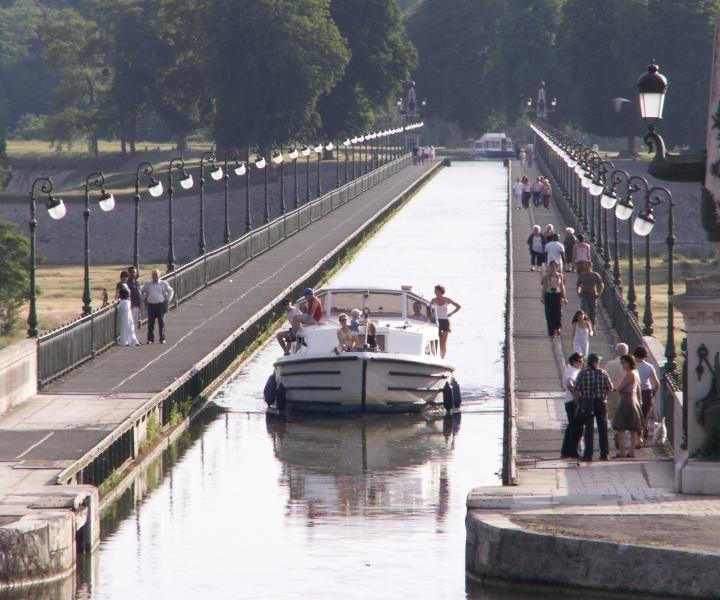 Pont-Canal de Briare (1896), France