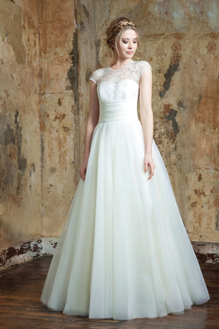 Best 25 emma hunt wedding dresses ideas on pinterest fall emma hunt london wedding dresses designed with elegant simplicity in mind ombrellifo Choice Image
