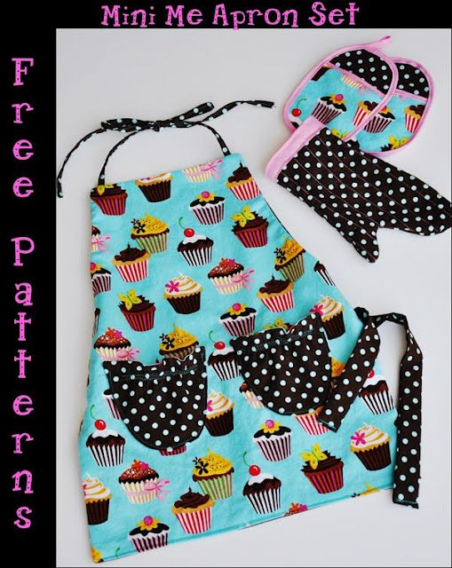 Mini-Me Apron set - free pattern.  This would be adorable for my little girls for Christmas