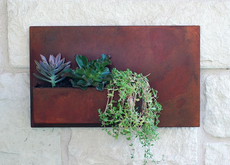 x Succulent Hanging Planter with Rustic Patina - Modern Metal Wall Planter, Wall  Decor, Outdoor Metal Wall Art (Free