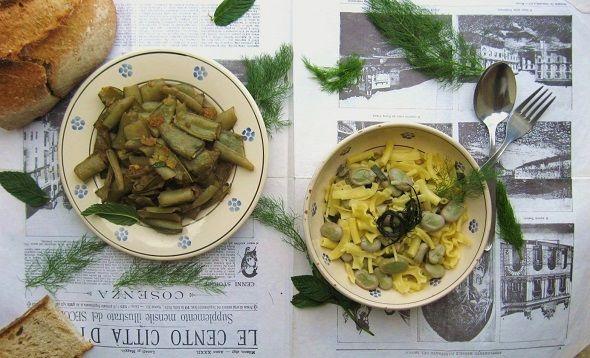 savuza (baccelli di fave, mollica di pane e aceto) e pasta e fave