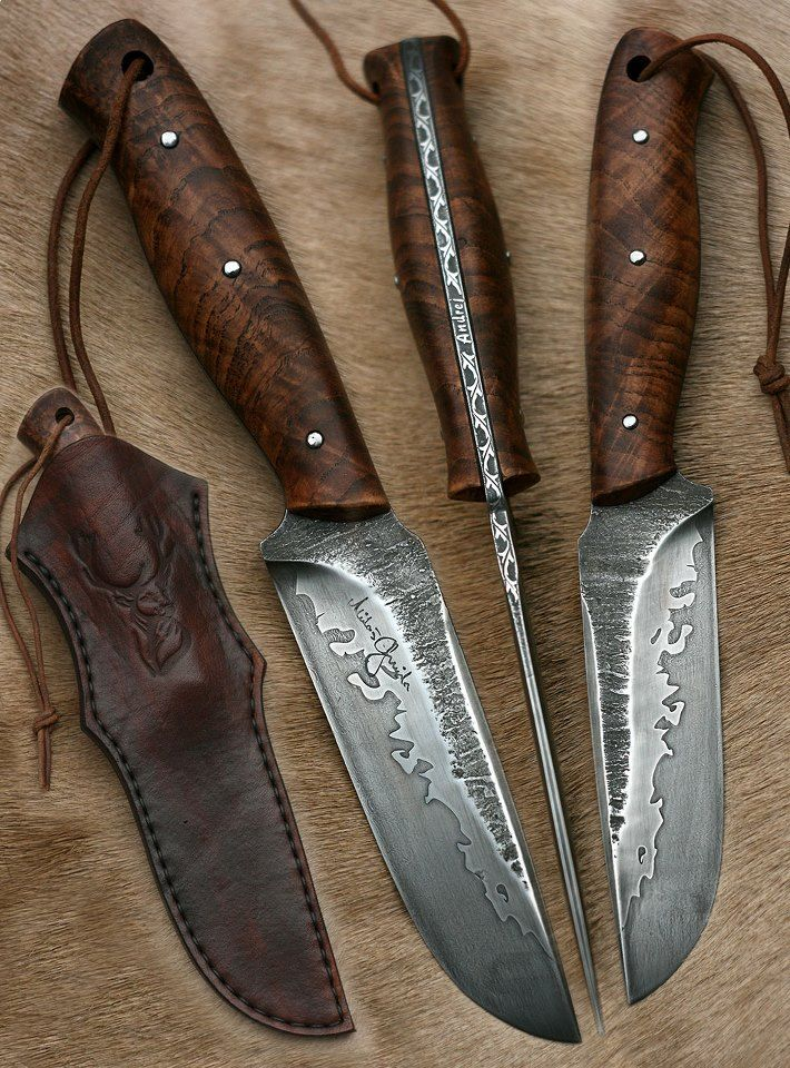 What a beautifully forged blade.  Nice  - Outstanding!
