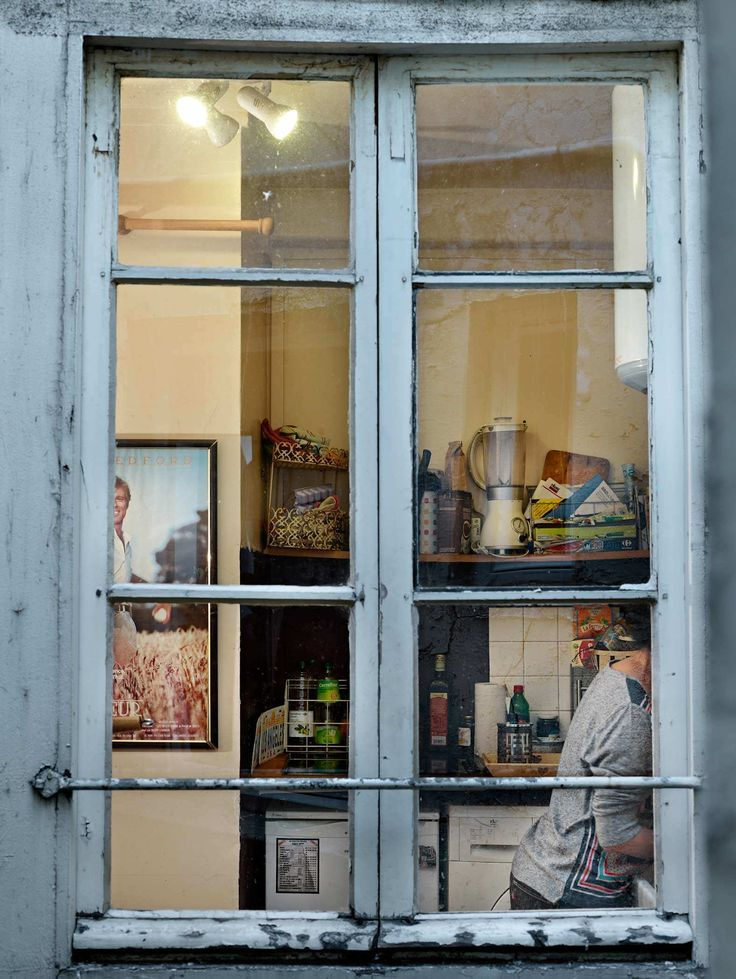 Gail Albert Halaban: Paris Views. Rue Turgot, 9e Paris, 26 septembre, 2013.