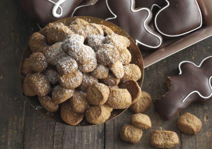 I anledning af julen deler chefkonditor Lars Juul fra La Glace ud af sin bedste opskrift på pebernødder. De er himmelske - og så er de tilmed lette at lave!