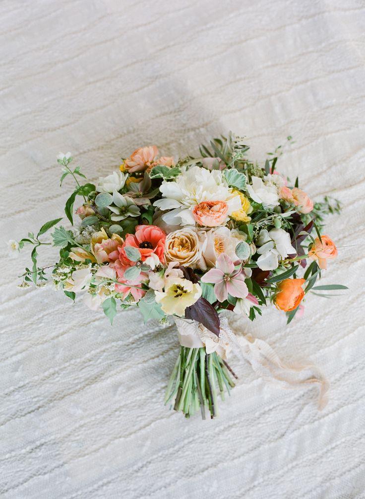 春の優しいトーン 花材イメージ