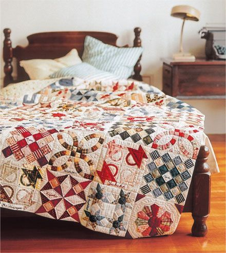 Patchwork quilt on bed (from Lovely Room): Country Quilt, Quilt Ideas, Quilt Design,  Comforters, Birthday Gift, Sampler Quilt,  Puff, Patchworkquilt, Patchwork Quilt