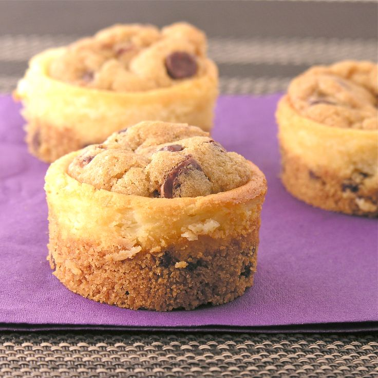 mini cookie dough cheesecakes.made with chocolate chips in the crust ...