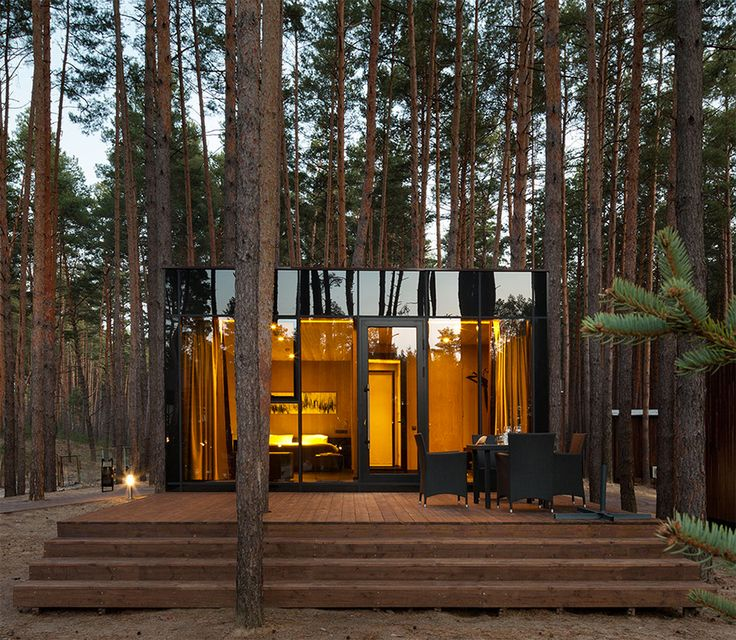 In the Poltova region of Ukraine, about equidistant between The Black Sea and Russia, you will find Sosnovka's Relax Park Verholy. Here, amidst a maze of trunks and needled ground, Studio YOD has crafted guest houses seemingly born from the forest.