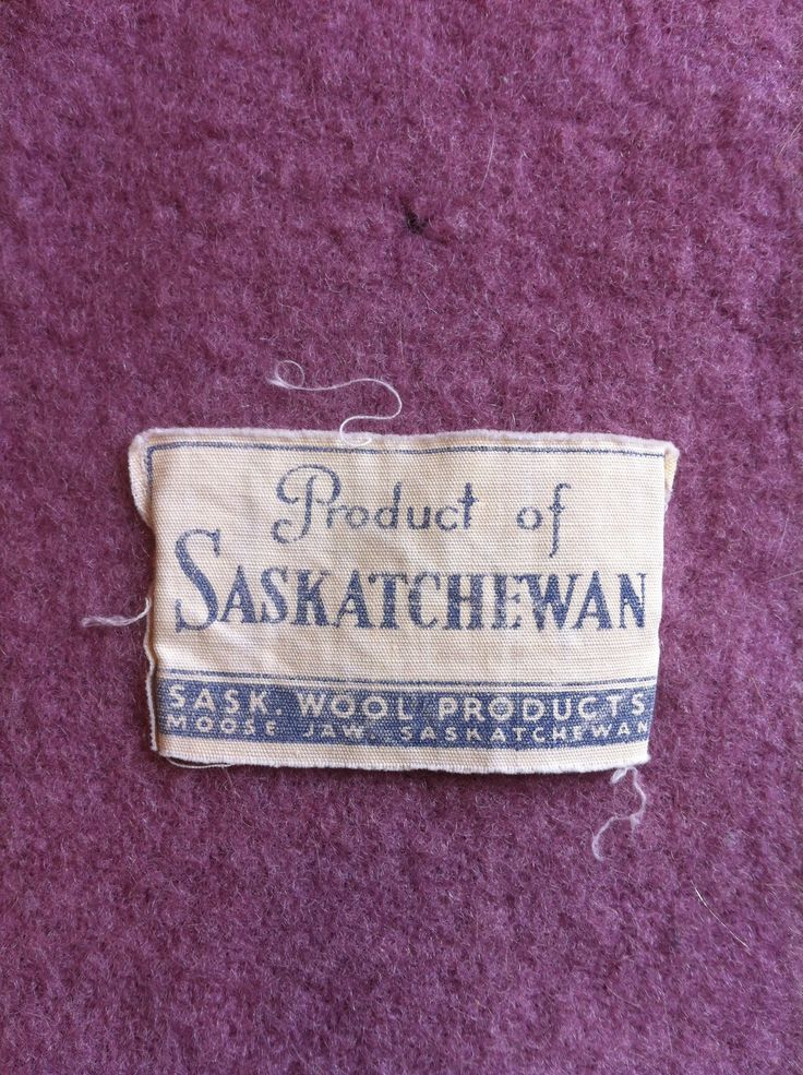 """""""Product of Saskatchewan"""", from Sask. Wool Products, Moose Jaw, Saskatchewan. Very uncommon label and blanket colour! My collection."""