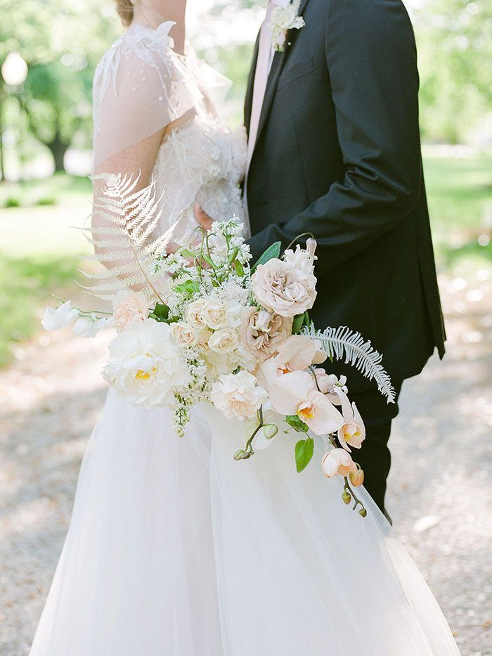 Vintage Southern Style Meets Modern Neutral Flowers Wedding